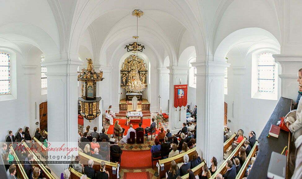 hochzeitsfotograf_markus_schneeberger-Hilfbergkirche-Mondsee-Salzkammergut-Schloss-16