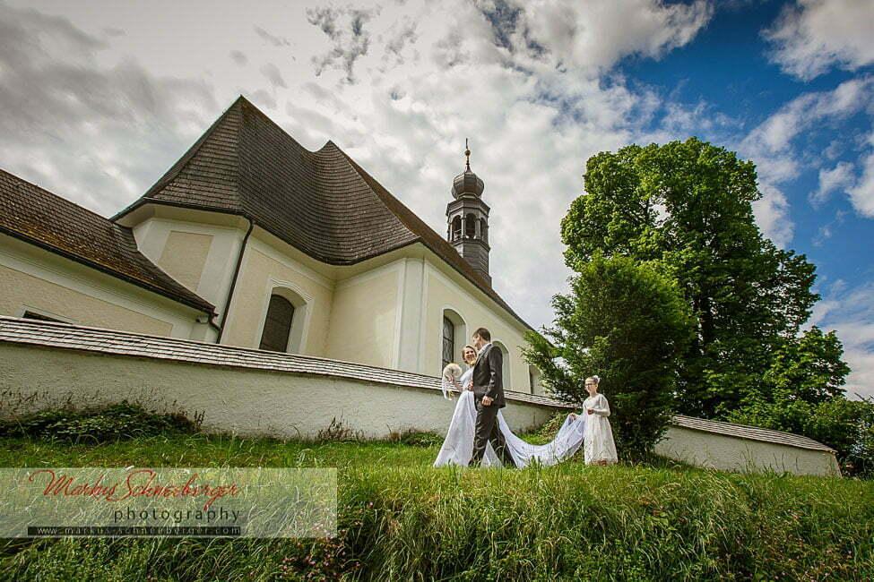 hochzeitsfotograf_markus_schneeberger-Hilfbergkirche-Mondsee-Salzkammergut-Schloss-18