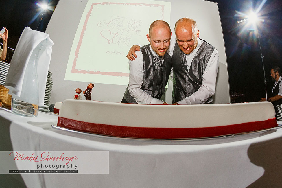 hochzeitsfotograf_markus-schneeberger-Altmuenster-Gmunden-Hochzeit-Salzkammergut-Schloss-Traunsee-Socher-Traunsee-44