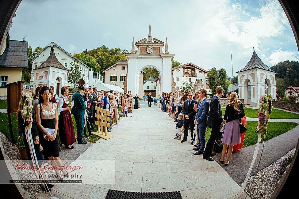 hochzeitsfotograf_markus_schneeberger-Bad-Duernberg-Hallein-Hochzeit-Moenchstein-Salzburg-Schloss-65