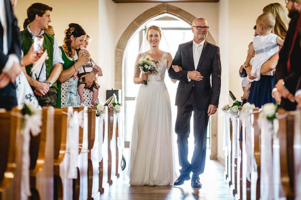 hochzeitsfotograf-markus-schneeberger-Bauernhof-Hochzeit- Linz-Muehlviertel-Vedahof-28