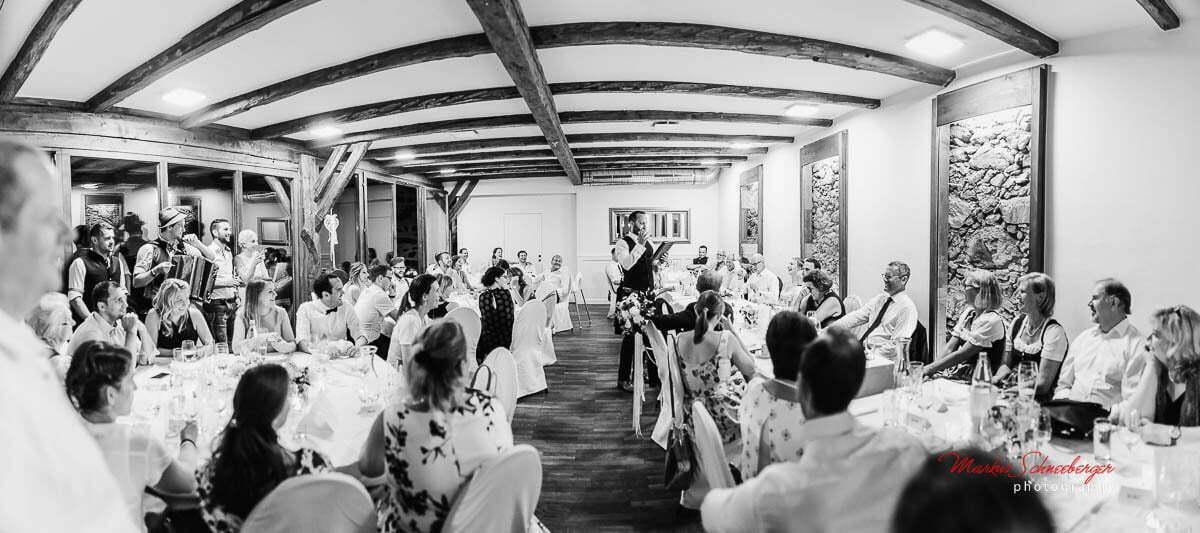 hochzeitsfotograf-markus-schneeberger-Bauernhof-Hochzeit- Linz-Muehlviertel-Vedahof-46