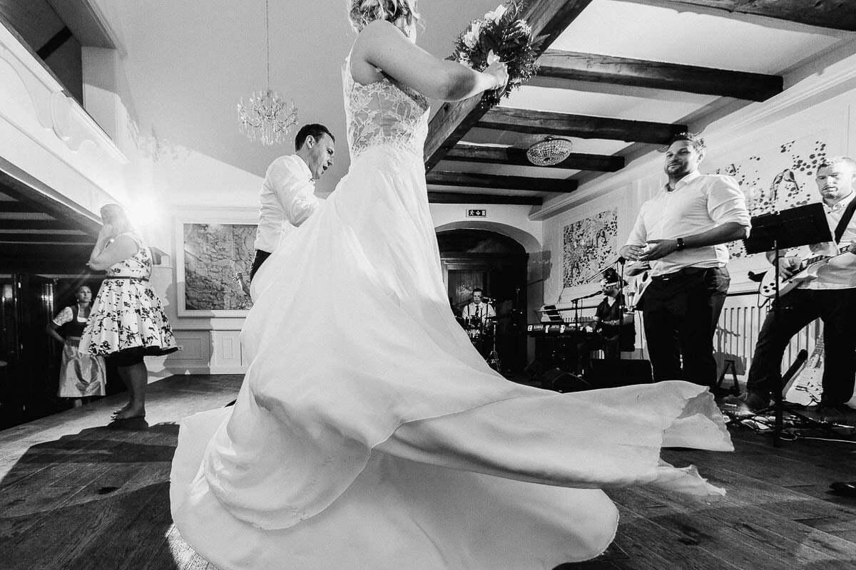 hochzeitsfotograf-markus-schneeberger-Bauernhof-Hochzeit- Linz-Muehlviertel-Vedahof-50